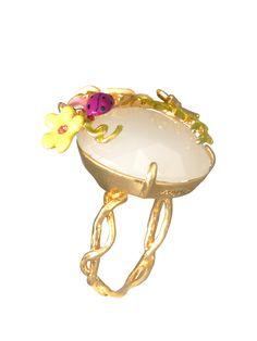#LesNéréides #jewel #ring #flowers #white #fairy #enamel #ladybird #lucky #garden #handmade #romantic Shop on #www.lesnereides-usa.com