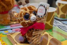 Khaliah G's Birthday / Jungle Safari - Photo Gallery at Catch My Party Safari Theme Birthday, Safari Birthday Party, 13th Birthday Parties, Birthday Party Favors, Birthday Ideas, Noahs Ark Party, Giraffe Party, Animal Party, Jungle Safari