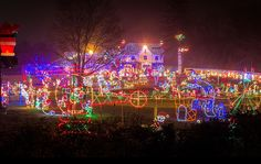 The Top Residential Holiday Light Displays in the Philadelphia Area WALLINGFORD