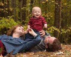 Fun family portrait idea.  #baby #babyphotography #babyportrait #family #familyportrait