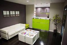 Me encanto la combinacion de colorres: piso paredes muebles 😍