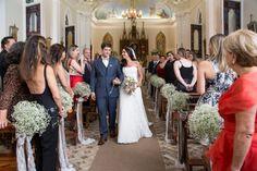 Saída da igreja - Casamento rústico-chique Foto