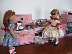 Suzie loves her 1950s Wolverine kitchen!