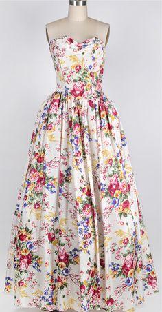 ★ Vintage 1950s dress   Garden Ball Gown