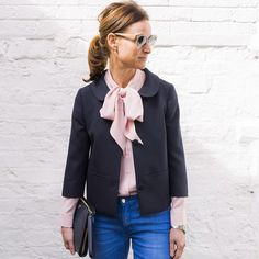 This week we're wearing: the Pussybow Silk Blouse in sugar pink our Creative Director, Clare is teaming hers with the Cropped Seam Jacket, Ankle Fray Cropped Jean & Leather Clutch. How would you wear yours? Click the link in our profile for more @me_andem #intelligentstyle