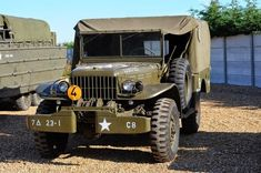 1943 Dodge WC52 Weapons Carrier Jeep Dodge, Jeep 4x4, Dodge Trucks, Lifted Trucks, Antique Trucks, Vintage Trucks, Army Vehicles, Armored Vehicles, Cool Trucks