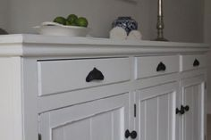 My Guide to Choosing Paint for Furniture