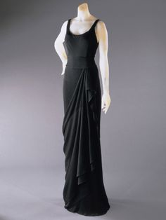 Evening Dress    Elsa Schiaparelli, 1931-1932    The Philadelphia Museum of Art