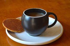#lapsangsouchong #tea #maiamingdesigns #evateacup #black #matte #stoneware