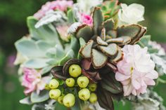 Succulent bouquets are becoming very popular. This bouquet was perfect for a vintage chic wedding. Florals provided by McNamara Florist Sand Point. Photos provided by Ashley LeTourneau Photography
