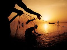 Fishermen, Chad  Photograph by Gordon Gahan, National Geographic