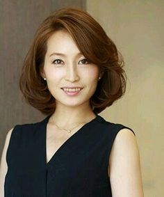 Pin on お気に入り Pin on お気に入り Medium Hair Styles For Women, Haircuts For Medium Hair, Short Hair Cuts, Long Hair Styles, Hair Cutting Techniques, Short Bob Hairstyles, Cool Hairstyles, Shot Hair Styles, Hair Arrange