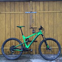 Kross Soil 2016. 130 mm trail full suspension bike. After Kross Moon, that might be another succesful entry into proper full suspension bikes done by polish brand. Can't wait to see it live.