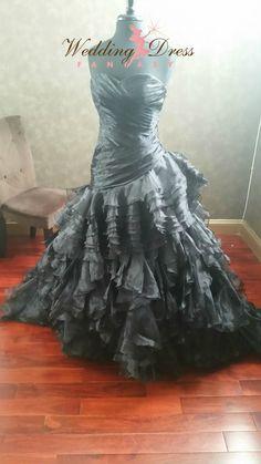 Black Wedding Dress Gothic Bridal Gown WeddingDressFantasy