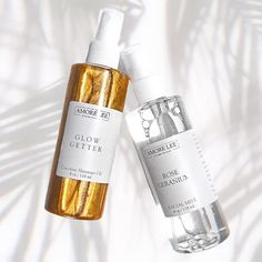 SUMMER ESSENTIALS 🌺 ⠀⠀⠀⠀⠀⠀⠀⠀⠀ 1) Glow Getter Body Oil to keep your mind, body and soul glowing & skin hydrated to the max ALL DAY☀️…