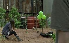 The Walking Dead Season 7 Episode 5 'Go Getters' Walking Dead Tv Series, Walking Dead Memes, Walking Dead Season, Fear The Walking Dead, Dead Pics, Dead Pictures, Twd 7, Katelyn Nacon, Glenn Rhee
