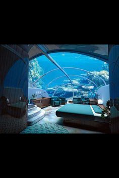 I would love to live in this so cool I love the ocean!