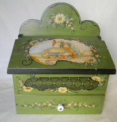 Hand Painted Green Wood Wooden Tea Caddy Jewelry Box Casket EnglishThatched Cottage Top and Tole Flowers Woodworking Garage, Woodworking Workshop, Woodworking Furniture, Woodworking Chisels, Woodworking Ideas, Painted Boxes, Hand Painted, Woodworking Merit Badge, Dresser Plans