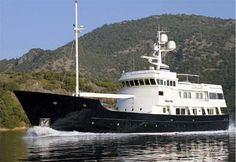151 Palmer Johnson Dione Sky for Sale. Expedition yacht brokerage 80 feet and larger. Trawler Yachts For Sale, Trawler Boats, Big Yachts, Super Yachts, Classic Yachts, Classic Boat, Explorer Yacht, Expedition Yachts, Sport Fishing Boats