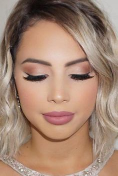 Nice 44 Brilliant and Simple Make Up Ideas To Make Your Look So Amazing. More at. - - Nice 44 Brilliant and Simple Make Up Ideas To Make Your Look So Amazing. More at www. Beauty Makeup Hacks Ideas Wedding Makeup Looks f. Simple Prom Makeup, Prom Makeup Looks, Bridesmaid Makeup Natural, Bridesmaid Hair, Pretty Makeup, Makeup For Bridesmaids, Natural Prom Makeup For Brown Eyes, Gorgeous Makeup, Bridemaid Makeup