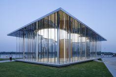 Schmidt Hammer Lassen Architects diseña 'Cloud Pavilion', un pabellón flotante en la costa de Shanghai