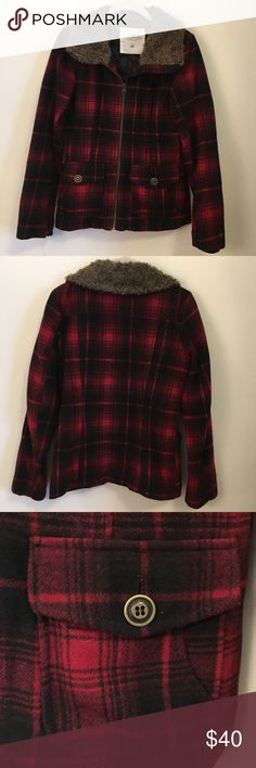 Plaid Coat with Fake Fur Trim Collar Red and black plaid coat with brown fake fur collar. Front pockets with button detail. Replacement button sewn to washing instructions. Fully lined. Wool blend. Gently worn. No holes or stains. H&M Jackets & Coats