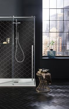 5 Cool DIY Wall Art Ideas for Your Walls Say hello to a delightfully refreshing showering experience with Crosswater's Pier collection. Featuring a bold design. Bathroom Goals, Bathroom Trends, Bathroom Sets, Bathroom Renovations, Bathroom Interior, Contemporary Shower, Contemporary Bathrooms, Dark Bathrooms, Luxury Bathrooms