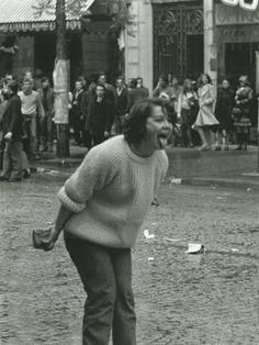 Manuel Bidermanas: Boulevard Saint-Germain, Paris, Mai 1968. Foto.