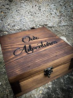 - Baskets and Boxes - Memory box- Unique Gift idea - Gift for her - Gift for men- Keepsake box - Wanderlust Gift - Anniversary gift for him - Wedding gift - Gift Memory box Gift for them Gift for her Gift for men. Wooden Memory Box, Wooden Keepsake Box, Wooden Gift Boxes, Keepsake Boxes, Wooden Gifts For Him, Creative Birthday Ideas, Birthday Ideas For Her, Anniversary Ideas For Her, Unique Gifts For Men
