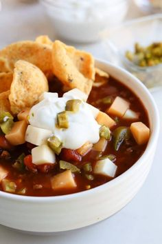 Warm, comforting, Pressure Cooker Triple Bean Chili (AKA Instant Pot) is the perfect cool weather meal. Packed with fiber and garnished with cheese. Instant Pot Pressure Cooker, Pressure Cooker Recipes, Pressure Cooking, Slow Cooker, Freezer Friendly Meals, Freezer Meals, Soup Recipes, Dinner Recipes, Cooking Recipes