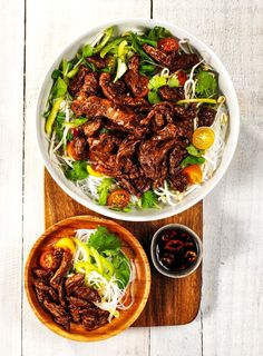 Not only isCooking 4 Change packed with delicious recipes from well-known Kiwis, all profits go towards local charities. This stir-fry by boxer Joseph Parker is one of the recipes we've put on the dinner menu.