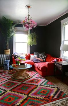 Dark red sofa dark red couch living room red sofa living room design ideas a dark Living Room Red, Living Room Paint, Living Room Colors, Living Room Carpet, Living Area, Living Spaces, Style At Home, Home Fashion, House Painting