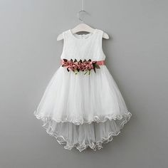 Girls Dress New Children Clothing Princess Flowers Belt Mermaid Party Dress 2 Colors Kids Clothes Little Girl Dresses, Girls Dresses, Flower Girl Dresses, Dress Anak, Baby Frocks Designs, Frock Design, Baby Outfits Newborn, Dress Patterns, Baby Dress
