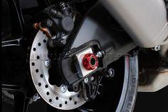 dado ruota posteriore Yamaha R1 2015 Rear wheel nut evotech Yamaha R1 2015