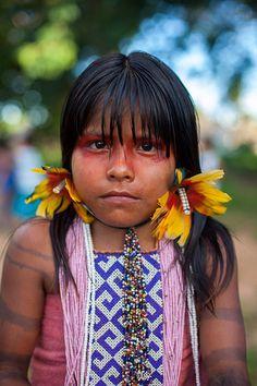Red eyes and black stripies Karajá-2013-399 | indigenous tribe Brazil  #world #cultures