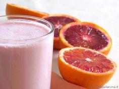 Colazione con frullato di yogurt