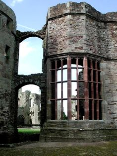 Raglan Castle, S.E. Wales - The oriel window in Raglan's Great Hall is one of the castle's most distinctive features. Raglan was built in the 1430s, rather late in the day for castle building.  Unfashionably late by some 150 years.  The Buttery which is located behind the Great Hall has reopened to the public. Photo: castlewales.com