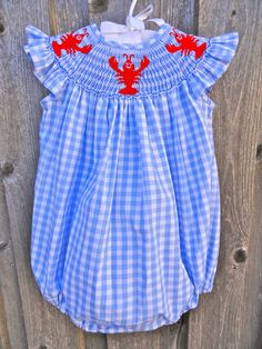 Smocked Lobster (or Crawfish) Bubble from Smocked Auctions