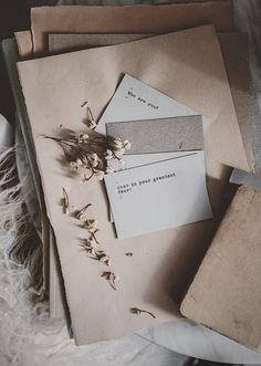 my Makers and Muse Confessions in the journal Cozy Aesthetic, Cream Aesthetic, Brown Aesthetic, Aesthetic Images, Aesthetic Vintage, Aesthetic Pastel Wallpaper, Aesthetic Backgrounds, Aesthetic Wallpapers, Cute Wallpapers