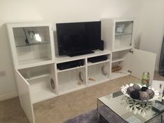 Bunny hutch built into IKEA TV stand – IKEA Hackers This is a bunny hutch TV stand that we made from IKEA BESTÅ units. Our rabbit has full run of both bottom cupboards and the middle sections. Diy Bunny Cage, Diy Guinea Pig Cage, Bunny Cages, Rabbit Hutch Plans, Large Rabbit Hutch, Rabbit Hutches, Ikea Tv Stand, Rabbit Habitat, Hutch Furniture