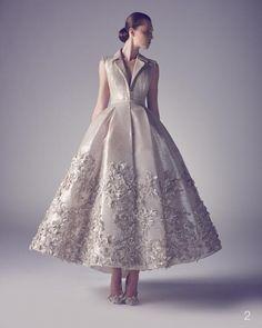 Haute Couture dünyasında bilindik bir isim olan Ashi Studio'nun 2015 İlkbahar Yaz haute couture gelinlik koleksiyonu...