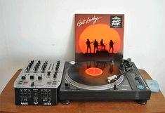 Daft Punk | Get Lucky | Animated sleeve #DaftPunk #vinyl #music