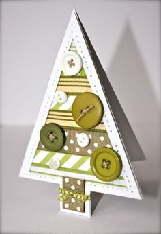 button christmas tree - this would be cute as a homemade card Christmas Arts And Crafts, Christmas Tree Cards, Christmas Makes, Diy Christmas Ornaments, Xmas Cards, Christmas Projects, Handmade Christmas, Holiday Cards, Hanukkah Cards