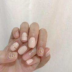 라라뷰티🌷(@labeau_nail) • Instagram 사진 및 동영상 Les Nails, Korean Nails, Plain Nails, Chic Nails, Best Acrylic Nails, Pretty Nail Art, Best Nail Art Designs, Nail Inspo, Beauty Nails