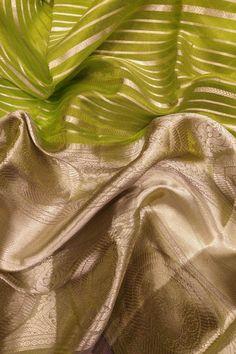 Green Handloom Kanjeevaram Pure Silk Saree With Big Border Kanchipuram Saree Wedding, Online Saree Purchase, Designer Silk Sarees, Sari Dress, Silk Saree Blouse Designs, Organza Saree, Casual Saree, Soft Silk Sarees, Saree Look