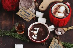 Chocolate Fondue, Hot Chocolate, Cocktail Drinks, Cocktails, Frappe, Smoothies, Sweets, Cooking, Desserts