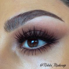 Warm smokey eyes