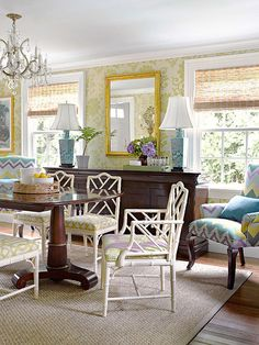 Love the colors in this living/dining combo. Rich antiques blend beautifully with the Chinese Chippendale chairs that tone down formality. Home Interior, Interior Design, Chippendale Chairs, Global Decor, Dining Room Inspiration, Color Inspiration, Küchen Design, Design Ideas, Dining Room Design