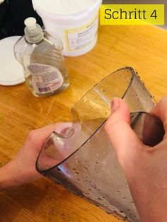 Do It Yourself Kalkreiniger | Diacleanshop Planer, Bathroom Cleaning Tips, Cleaning Recipes, Home Remedies, Flasks, Cleaning, Diy