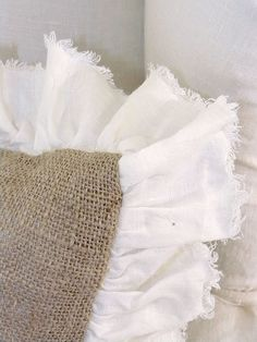 Sewing Pillows love the color of the burlap with the stark white ruffle. Burlap Projects, Burlap Crafts, Diy And Crafts, Burlap Pillows, Sewing Pillows, Throw Pillows, Owl Pillows, Sewing Crafts, Sewing Projects